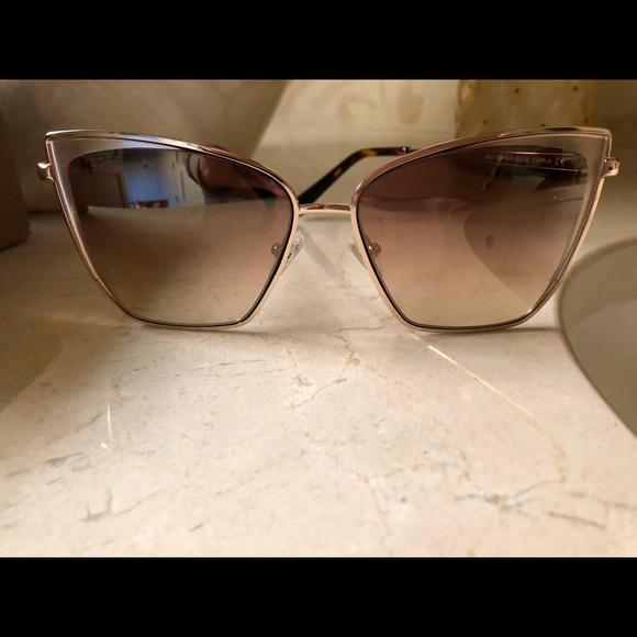 eb163a344d196 Diff Eyewear Accessories - Diff Sunglasses